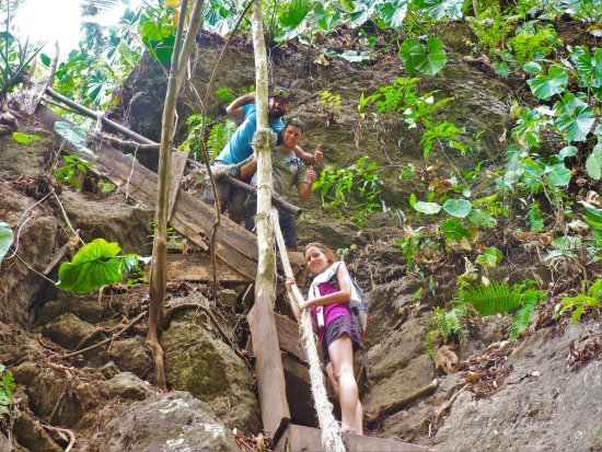 Puerto Jimenez, Costa Rica : Treking to the waterfall