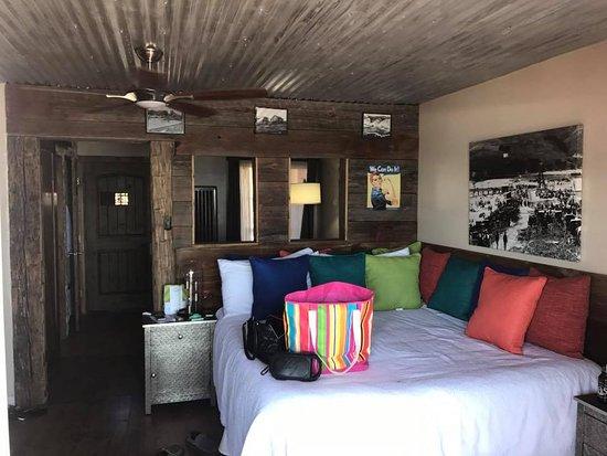 Avila Beach, CA: Interior of our room