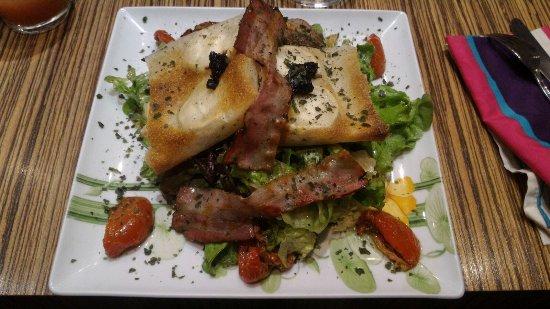 Mantes-la-Jolie, Francia: Salade Siciliene
