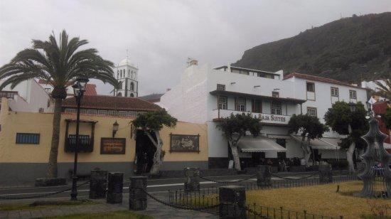 Iglesia Parroquial de Santa Ana: Iglesia de Santa Ana, апрель 2017 года...
