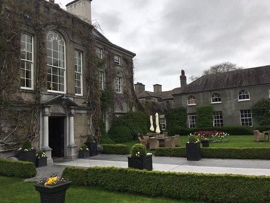 Thomastown, Irlandia: Front of hotel