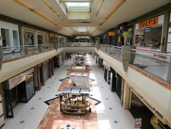 Metrocenter Mall Nd Lever Just After Open