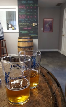 Newburyport, MA: Tastings!