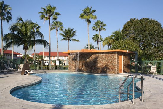 Florida City, FL: Fairway Inn Pool