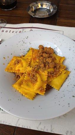 Palazzuolo Sul Senio, إيطاليا: Ravioli di patate al ragù