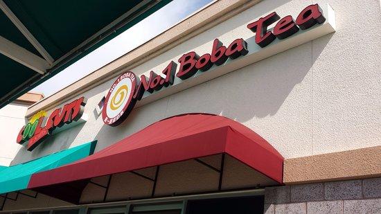 Las Vegas, NM: Entrance to Boa Tea!