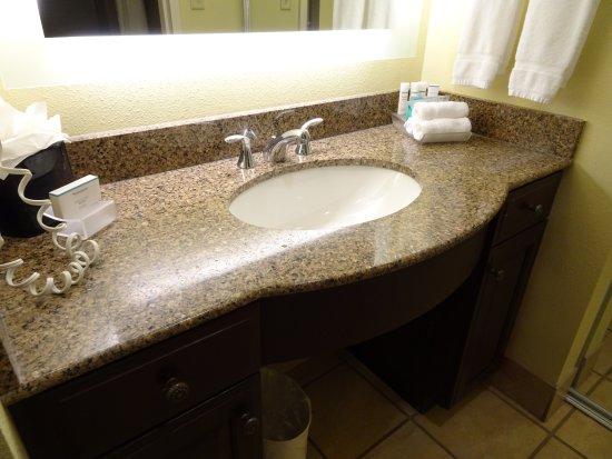 Wichita Falls, TX: bathroom