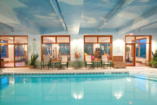 Jesmond, Kanada: Echo Valley Ranch indoor pool