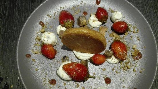 dessert aux fraises picture of l essentiel dijon tripadvisor
