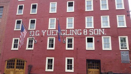 Pottsville, PA: Building