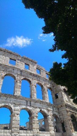 Αμφιθέατρο της Πούλα: IMAG0365_large.jpg