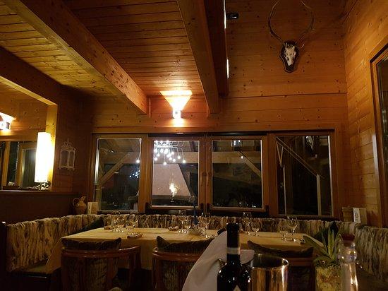 Montefiore Conca, Italy: 20170331_225341_large.jpg