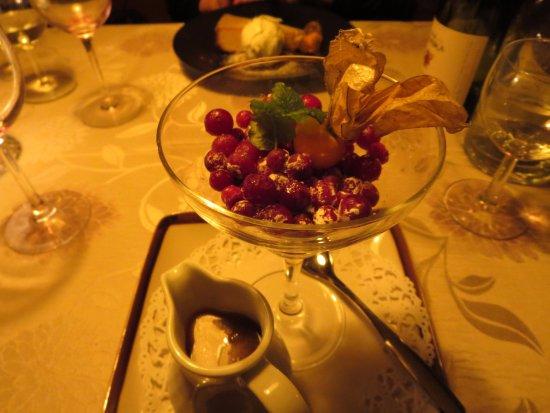 Kokkola, Finland: Icy cranberries with hot fudge sauce