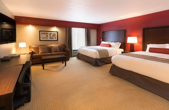 The Kanata Inns Invermere: Confort 2 King Beds