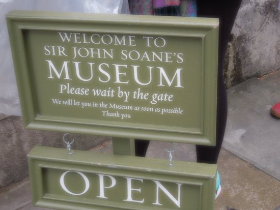 Sir John Soane's Museum: sign outside the museum