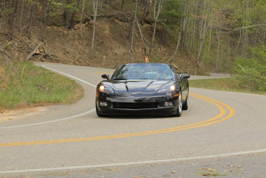 Robbinsville, NC: Tail of the Dragon in a Vette!