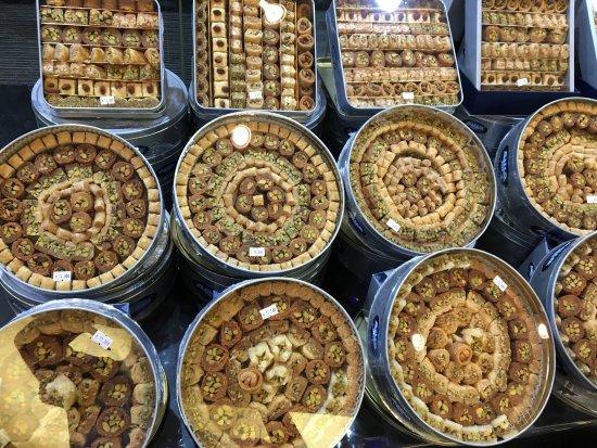 photo4.jpg - Picture of Habibah Sweets, Amman - TripAdvisor
