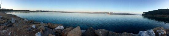 Spiaggia Porto Pino : Panoramica sul porto