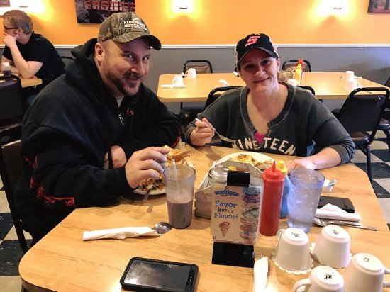 Redgranite, WI: Happy customers eating breakfast.
