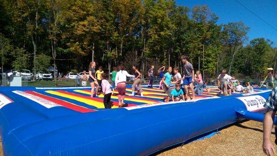 East Stroudsburg, بنسيلفانيا: Jump Pad