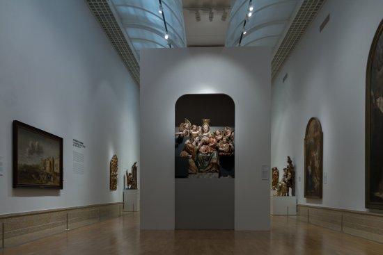 Museu Nacional de Arte Antiga: Religious painting and sculpture section.