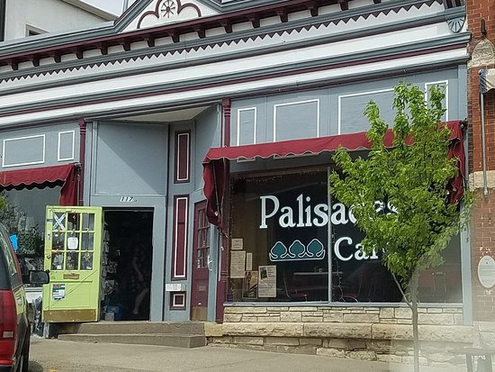 Palisades Cafe: the cafe