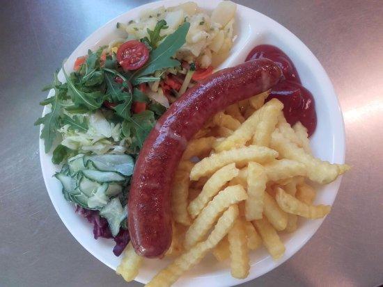 Ried Im Innkreis, Austria: Menü mit frische Salate