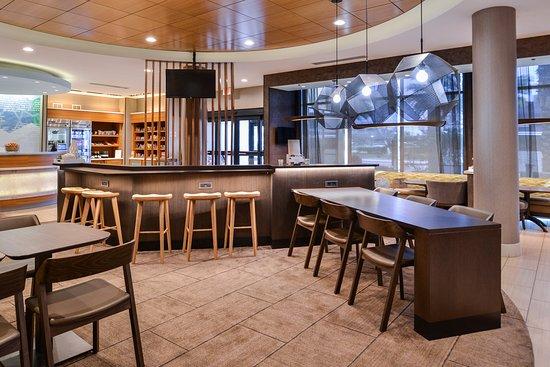 Irvine, CA: Newly renovated lobby