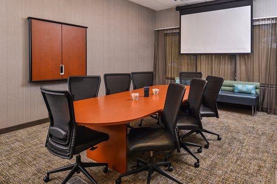 Irvine, CA: Boardroom