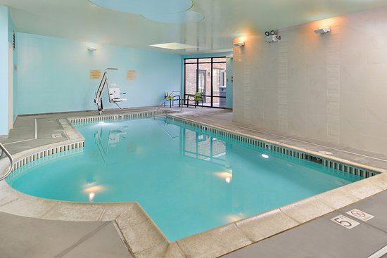 Irvine, CA: Indoor pool