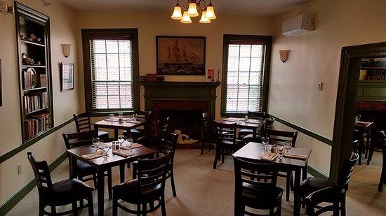 ปรินเซสแอนน์, แมรี่แลนด์: Back Dining room