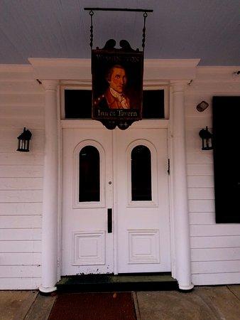 ปรินเซสแอนน์, แมรี่แลนด์: Front entrance