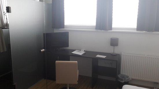 Gerasdorf bei Wien, Austria: 20170426_075629_large.jpg