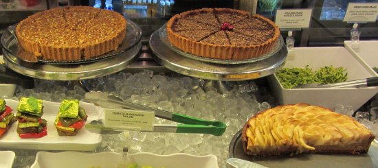 Rye, Estado de Nueva York: Our famous homemade Tarts are available fresh daily at our Fresh Bar.