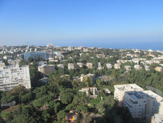 Dan Panorama Haifa: 20170425063415_large.jpg