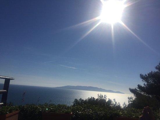 Cala Piccola, Italy: Scorci dell'hotel e della vista