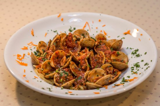 Mission Viejo, CA: Antonucci's Fresh Clams in Red Sauce