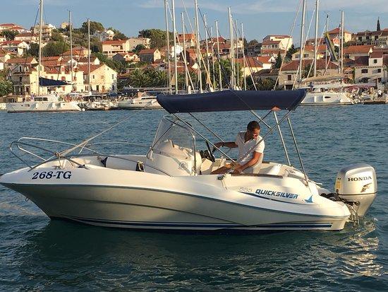 Slatine, Croacia: commander 555