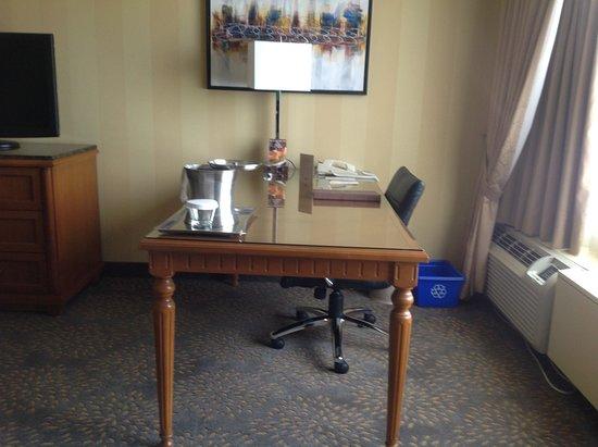 Office Desks London Ontario Picture