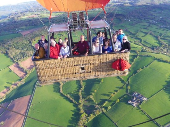Raglan, UK: Balloon flight 22 April 2017 003_large.jpg