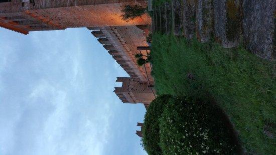 Gradara, Italia: 20170427_201435_large.jpg