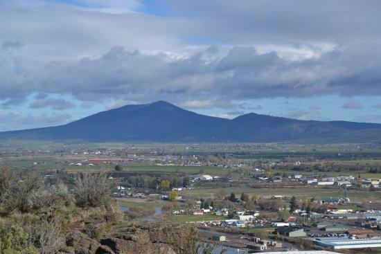 Prineville, OR: Vue sur montagnes