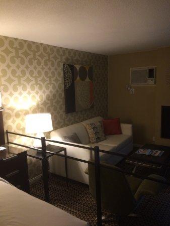 Le Montrose Suite Hotel : Suite 215