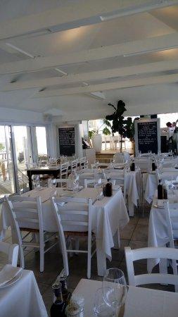 Kalk Bay, جنوب أفريقيا: Tavoli interni