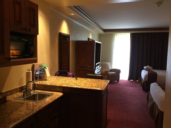 Tivoli Lodge: photo3.jpg