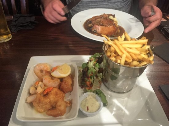East Cowton, UK: Two delicious main courses