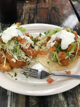 Cathedral City, CA: fish tacos