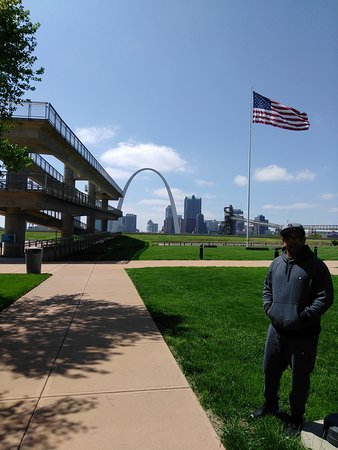 East Saint Louis, IL: IMG_20170427_143142_large.jpg