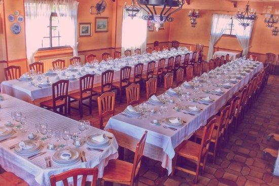 Ponteareas, สเปน: comida para el domingo