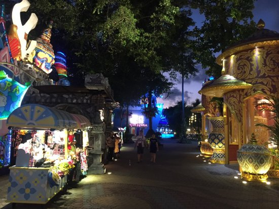 photo9.jpg - Picture of Phuket FantaSea, Kamala - TripAdvisor